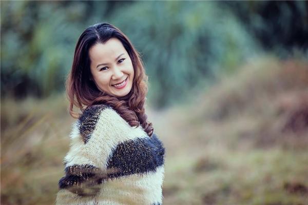 """Nhạc sĩ Giáng Son là một trong bốn vị giám khảo cùng đồng hành với Trần Thu Hà trên """"ghế nóng""""."""