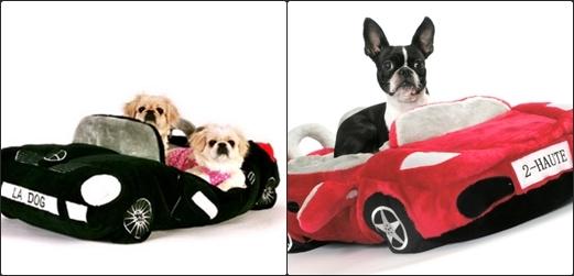 """""""Mấy đứa thấy con trên nó khổ hông... Bởi vậy có xe hơi mui trần nằm là phải biết mình sướng hơn khối đứanghe chưa?"""".(Ảnh Internet)"""