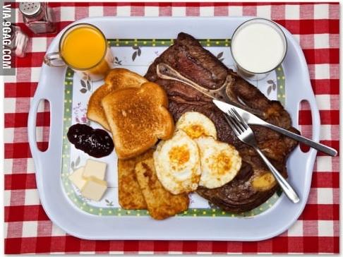 Khác với những tử tù khác,Ted Bundy, 43 tuổi, bang Florida từ chối bữa ăn đặc biệt. Vì vậy hắn được cấp cho phần ăntiêu chuẩn, gồm: sườn bò (tái vừa), trứng ốp, bánh khoai tây, sandwich nướng với bơ và mứt, sữa và nước ép.