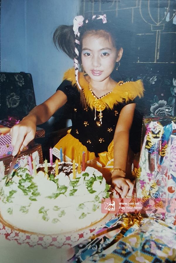 Ngọc Lan hạnh phúc trong ngày sinh nhật lần thứ 12. - Tin sao Viet - Tin tuc sao Viet - Scandal sao Viet - Tin tuc cua Sao - Tin cua Sao