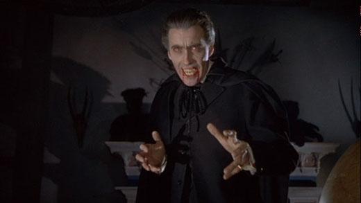 Sau khi chết, Dracula trở thành ma cà rồng có sức mạnh siêu nhiên.