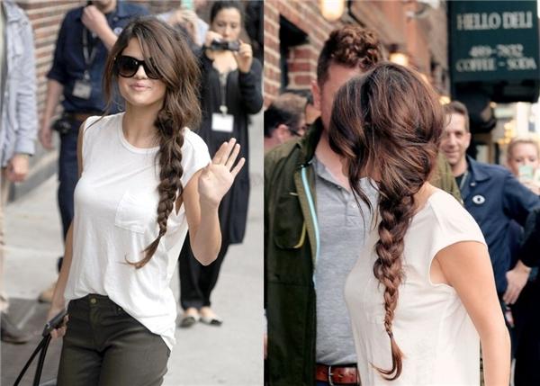 Những kiểu tóc gây bão của Selena Gomez