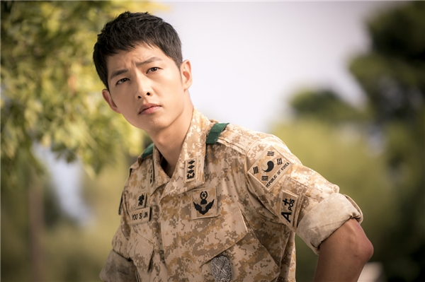 "Yoo Shi Jin trong ""Descendants Of The Sun"". (Ảnh: Internet)"