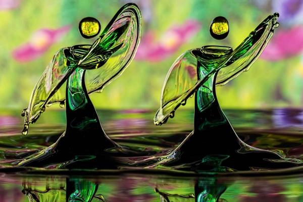 Bức ảnh nghệ thuật về vũ điệu của những giọt nước được thực hiện bởi các nhiếp ảnh gia chuyên nghiệp.