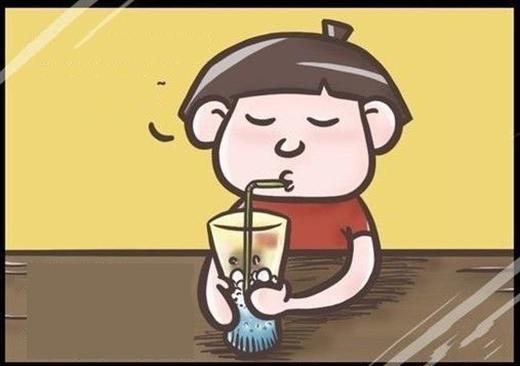 Ngậm một miệng đầy không khí rồi thổi bong bóng thiệt là vui. Uống nước mà không nghe tiếng bụp bụp bong bóng vỡ thì còn gì ý nghĩa nữa chứ.