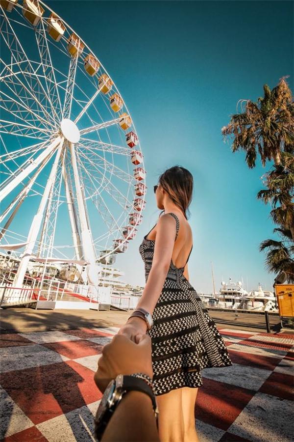 Khu vui chơi bãi biển, ngay sau và sát cạnh nơi diễn ra liên hoan phim CANNES nổi tiếng thế giới hàng năm.(Ảnh: MrLee)