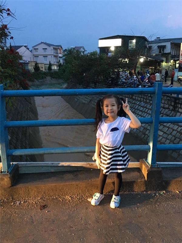 Huy Khánh - Mạc Anh Thư thường xuyên khoe con gái trên trang cá nhân. - Tin sao Viet - Tin tuc sao Viet - Scandal sao Viet - Tin tuc cua Sao - Tin cua Sao