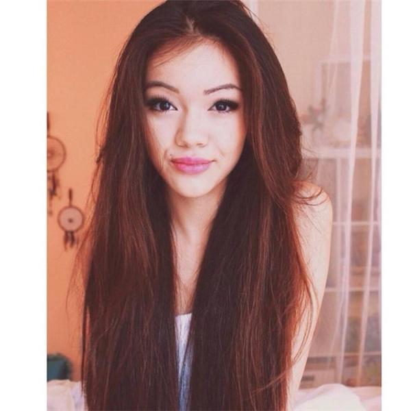 Vivian là một Youtuber nổi tiếng trong giới trang điểm.