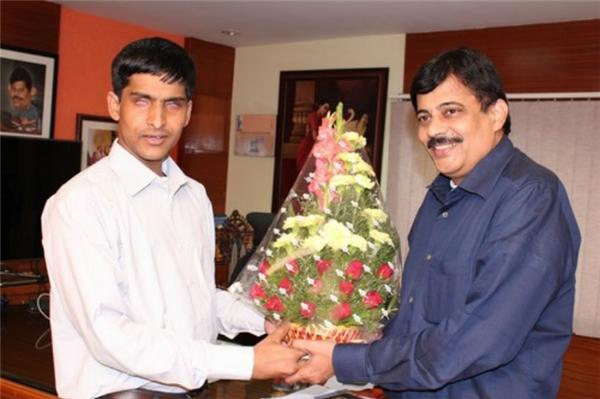 Srikanth là cựu sinh viên Học viện Công nghệ Massachusetts hàng đầu thế giới. (Ảnh: Internet)