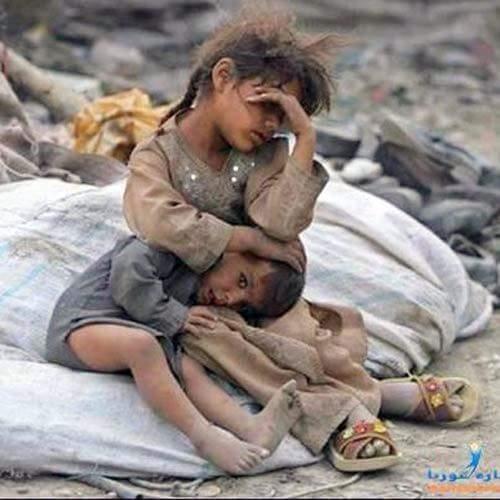 Người lớn hỡi, xin đừng ích kỉ, tham lam nữa, vì người hứng chịu hậu quả là những đứa trẻ vô tội này đây.(Ảnh: Internet)