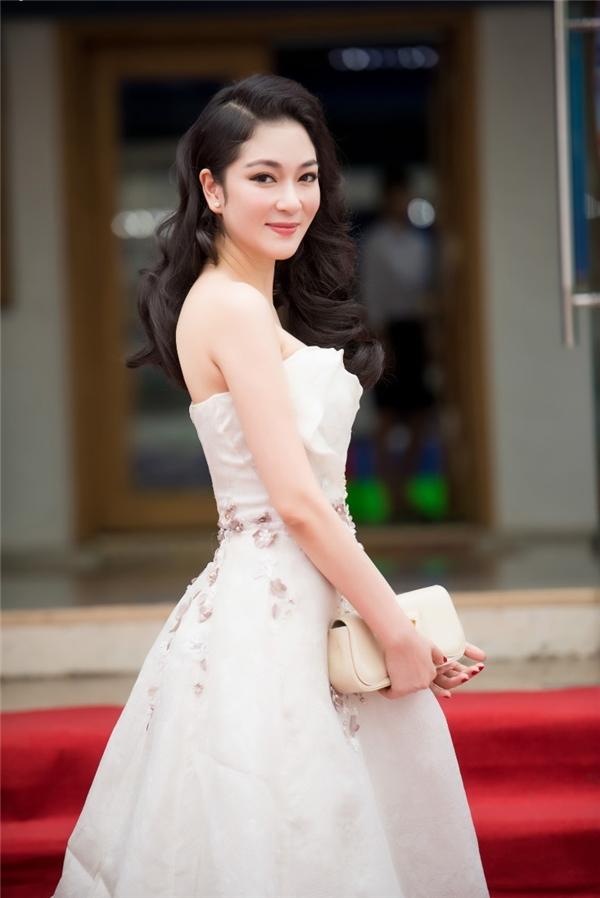 Năm 2004, Nguyễn Thị Huyền đại diện Việt Nam tham gia Hoa hậu Thế giới và dừng chân top 15 chung cuộc (đồng hạng 10 với chủ nhà Trung Quốc). Đặc biệt, khi Nguyễn Thị Huyền đến nơi cũng là lúc cuộc thi diễn ra gần 2 tuần và đi qua nhiều phần thi phụ. Nhưng đại diện Việt Nam vẫn xuất sắc giành được vị trí cao.