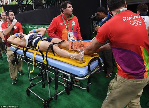 Ngay lập tức, đội cấp cứu đã có mặt tại hiện trường để giải quyết.
