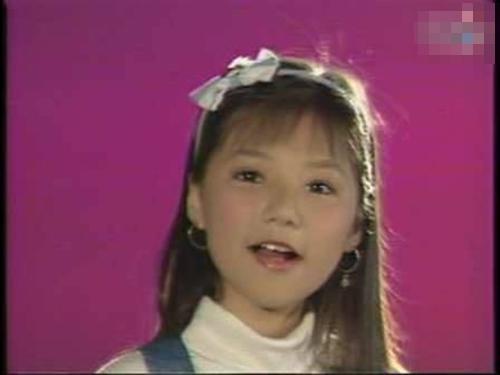 Ngô Quỳnh Anh từ nhỏ đã đam mê ca hát và hoạt động âm nhạc sôi nổi. - Tin sao Viet - Tin tuc sao Viet - Scandal sao Viet - Tin tuc cua Sao - Tin cua Sao