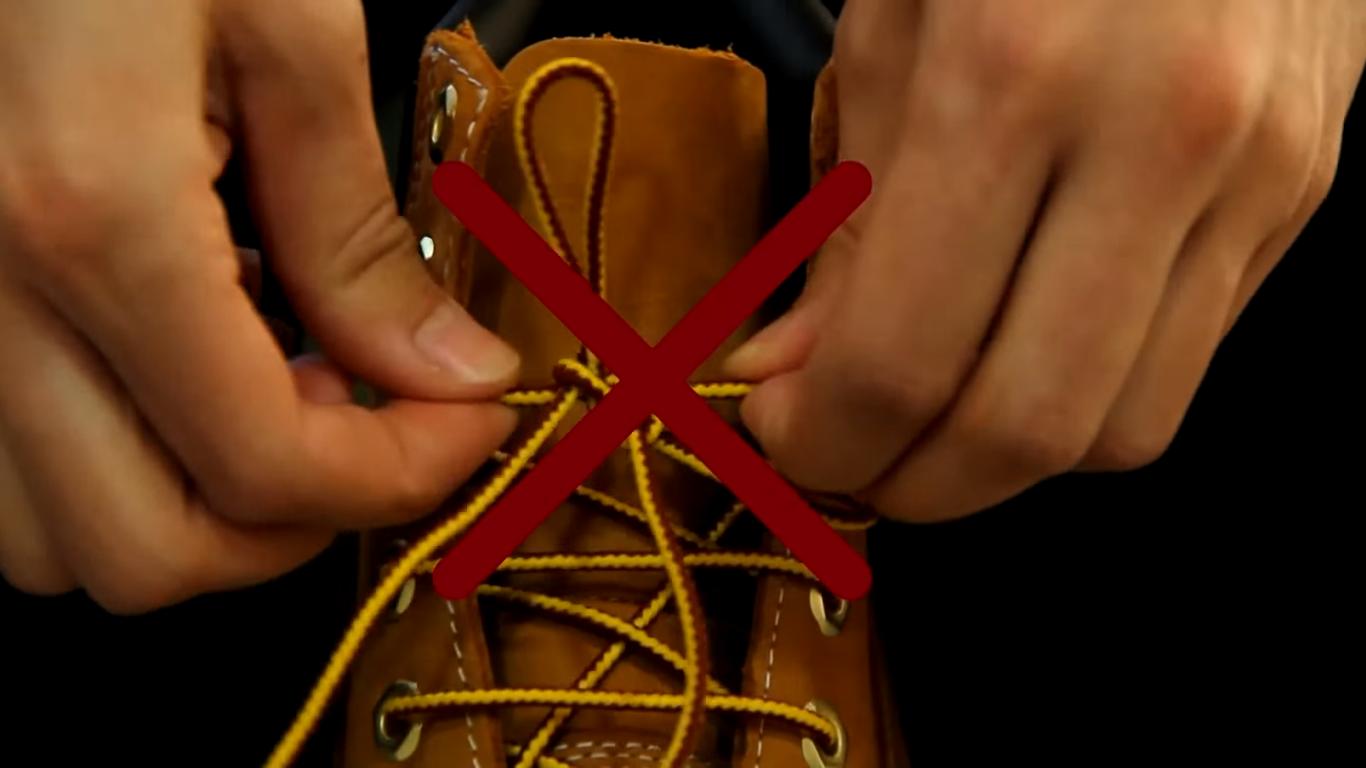 Đây là cách cột dây giày bạn hay thực hiện, nhưng thực chất nó lại sai hoàn toàn.