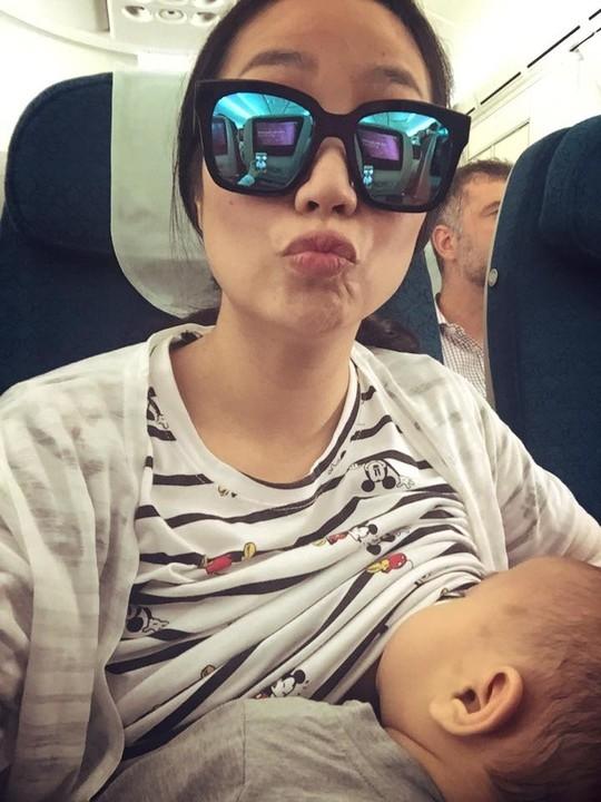 Mỹ nhân Việt quyết nuôi con bằng sữa mẹ bất chấp thân hình... xập xệ - Tin sao Viet - Tin tuc sao Viet - Scandal sao Viet - Tin tuc cua Sao - Tin cua Sao