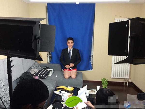 Bí mật hài hước về trang phục của các MC truyền hình