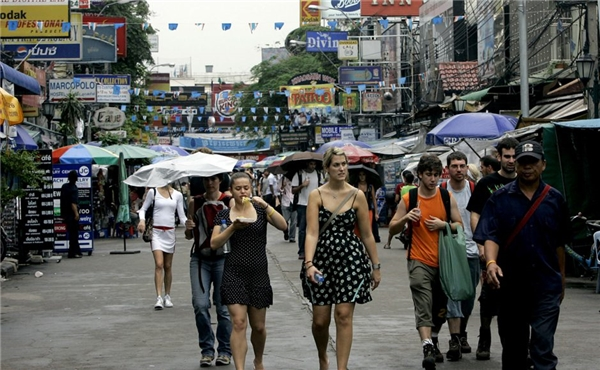 Khách nước ngoài đến Thái đều bắt buộc phảisử dụng SIM theo dõi. (Ảnh: internet)
