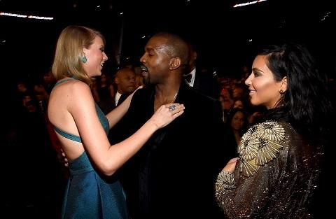 Taylor Swift và vợ chồng Kanye-Kimtại lễ trao giải Grammy năm 2015(Ảnh: Internet)
