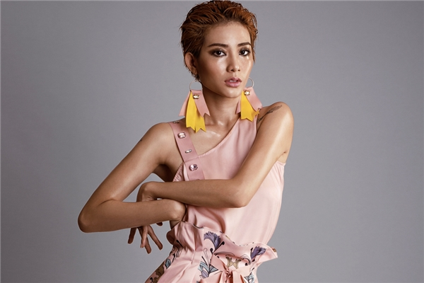 Kim Nhã dần thay đổi khi tham gia Vietnam's Next Top Model 2016.