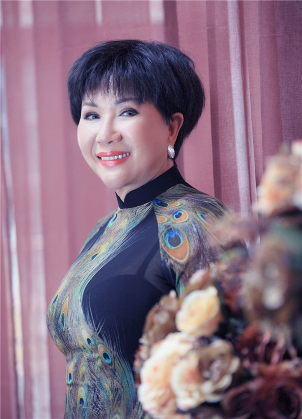 Lệ Thu mang trong mình tình yêu Hà Nội, khát khao được hát trên sân khấu Nhà hát Lớn.