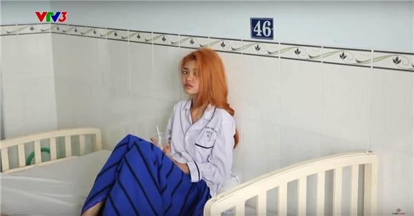 Sự thật thí sinh Next Top Model nhập viện do bị sốc tình cảm