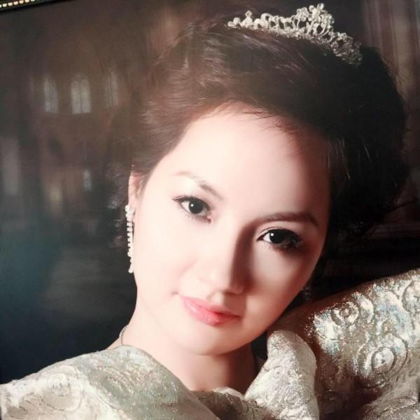 Nhan sắc của chị Thanh Hòa, mẹ Hoa hậu Bản sắc Việt toàn cầu 2016 Thu Ngân. - Tin sao Viet - Tin tuc sao Viet - Scandal sao Viet - Tin tuc cua Sao - Tin cua Sao