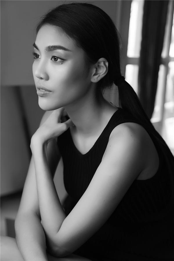 Trong buổi giao lưu, trả lời phỏng vấn với Yan News, Lan Khuê cho rằng cô rất nuối tiếc khi phải loại Lilly Nguyễn vì đây là thí sinh cô vô cùng yêu thích.