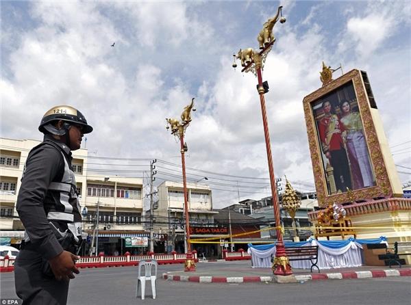 Theo các quan chức Thái Lan, những vụ nổ này hoàn toàn không liên quan đến khủng bố.(Ảnh: Daily Mail)