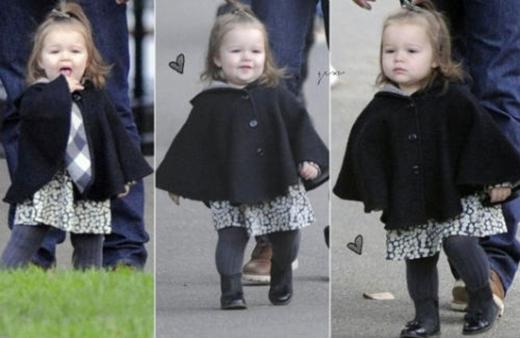 Ngay từ nhỏ Harper đã là một biểu tượng thời trang nhí được nhiều người ngưỡng mộ.