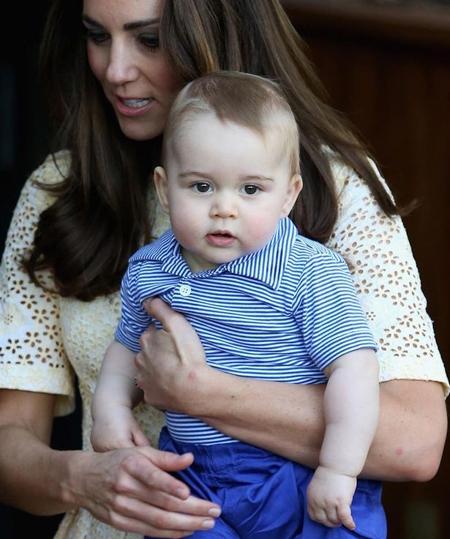 Là con trai của hoàng tử William và công nương Catherine,ngay từ khi chào đời, hoàng tử George đã luôn nhận được sự quan tâm cực lớn từ truyền thông trong và ngoài nước.