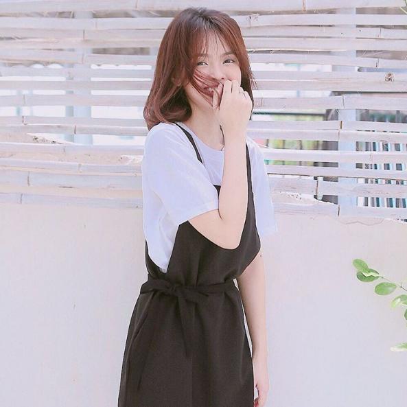 Bên cạnh nụ cười tỏa nắng, Thanh Mai còn có đôi mắt cười xinh xắn.