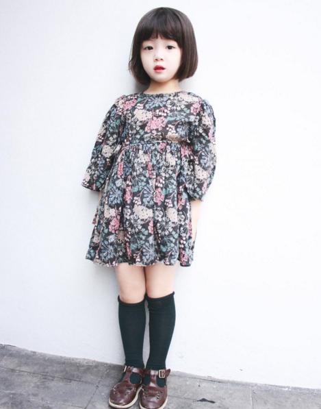 Dù chỉ mới 4 tuổi nhưng Eun Byoel đã sở hữu chiều cao vượt trội 1m07.