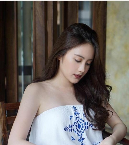 Cô nàng bất ngờ chia sẻ hình ảnh của mình tại Hà Nội.(Ảnh: Internet)