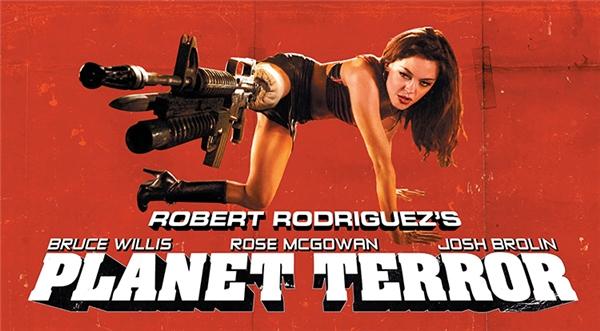 Với tấm poster quá ấn tượng như thế này, ai lại không tò mò và thích thú tìm xem phim cơ chứ.