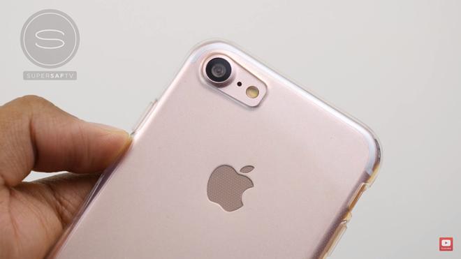 iPhone 7 được thiết kế camera mới to và lồi hơn,cải thiện các cảm biến ánh sáng. (Ảnh: internet)