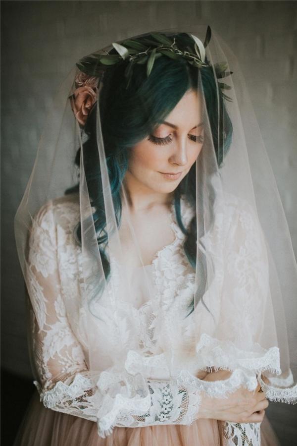 ...vì đã cưới được Jaquie - một cô gái vô cùng mạnh mẽ và xinh đẹp.