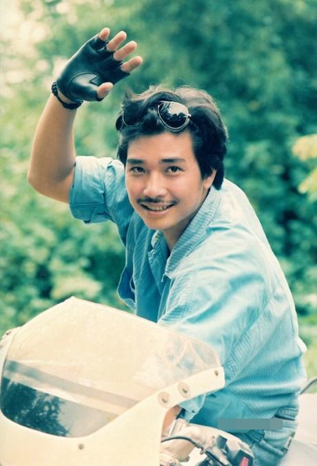 """Trong sự nghiệp diễn xuất của mình, Lê Tuấn Anh từng tự hào là một trong badiễn viên nam nổi tiếng nhất của dòng phim """"mì ăn liền"""" vào thập niên 1990 cùng với Lý Hùng, Lê Công Tuấn Anh. - Tin sao Viet - Tin tuc sao Viet - Scandal sao Viet - Tin tuc cua Sao - Tin cua Sao"""