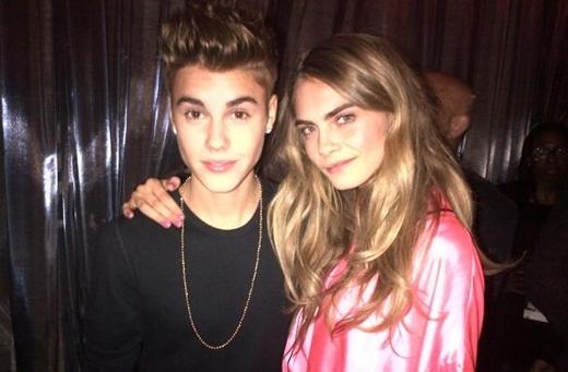 Vào đầu năm 2013, Justin có tin đồn hẹn hò với thiên thần nóng bỏng của Victoria's Secret Barbara Palvin.
