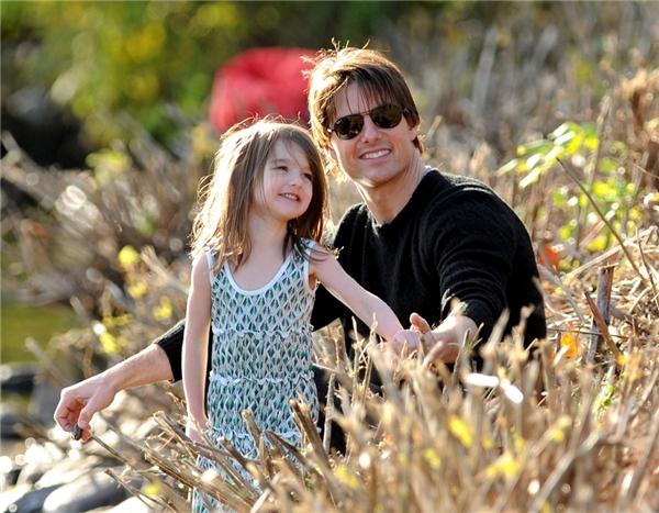 Những hình ảnh chỉ còn là kỷ niệm của ông bố nổi tiếng cùng cô công chúa nhỏ. Ảnh:DM.
