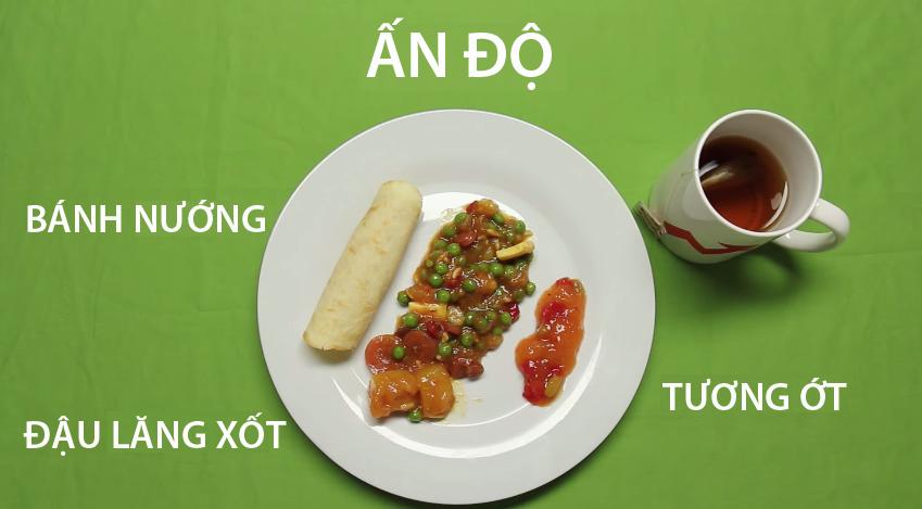 4. Ấn Độ - Ẩm thực Ấn Độ đa dạng theo vùng miền. Tuy nhiên, bữa sáng điển hình nhất của người dân nơi đây là một đĩa thức ăn bao gồm bánh nướng, đậu lăng xốt, thưởng thức cùng với cốc trà nóng.