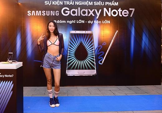 Quán quân Next Top Model mùa đầu tiên – Trang Khiếu