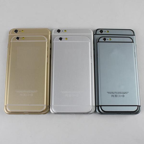 Những chiếc iPhone này chỉ khác bản gốc ở điểm là không có trái táo khuyết thôi.
