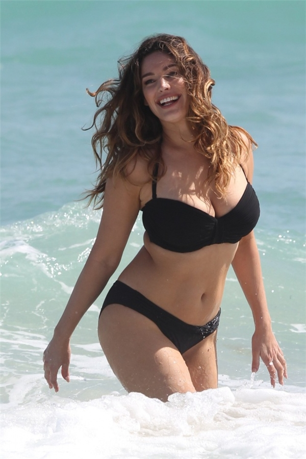 Đây là người phụ nữ có thân hình lí tưởng nhất thế giới