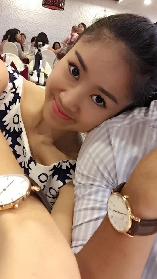 """Trước tin đồn yêu """"phi công trẻ"""", Lê Phương không phủ nhận cũng như không xác nhận, cô chỉ thổlộ rằng mình đang có một tình yêu đẹp và say đắm."""