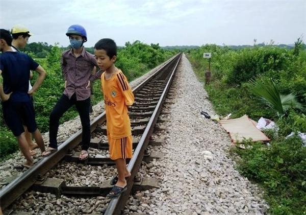 Trong 1 ngày, Hà Tĩnh xảy ra liên tiếp 2 vụ tai nạn tàu hỏa thương tâm