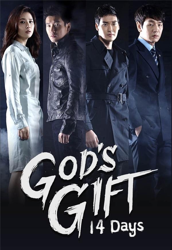 Bộ phim kể về Kim Soo Huyn (Lee Bo Young), một người phụ nữ xinh đẹp, tài giỏi và hạnh phúc. Cô có một gia đình hoàn hảo với chồng là luật sư, bản thân là biên kịch chương trình thời sự ở đài truyền hình và có một cô con gái nhỏ đáng yêu. Thế nhưng tất cả những điều ấy bỗng sụp đổ vào ngày con gái cô bị bắt cóc và giết hại, quá đau khổ cô đã tìm đến cái chết nhưng lại được đưa về 14 ngày trước khi tai nạn xảy ra.