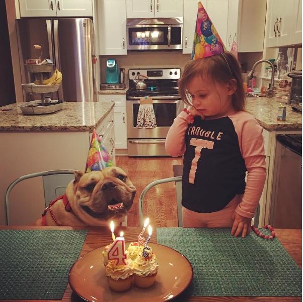 Cùng nhau mừng sinh nhật nhé.