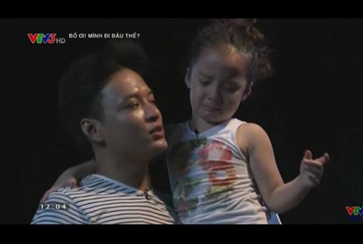"""""""Ôm tôi đi nào, nói yêu tôi đi nào!"""" - câu nói của bố Hồng Đăng khi sắp phải xa con gái khiến không chỉ bé Nhím mà nhiều fan nữ phải """"tan chảy"""". - Tin sao Viet - Tin tuc sao Viet - Scandal sao Viet - Tin tuc cua Sao - Tin cua Sao"""