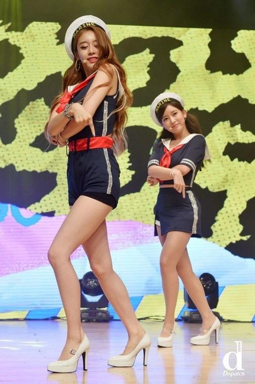 """Jiyeon (T-ara) thoải mái """"So Crazy""""mà vẫn yên tâm về trang phục."""