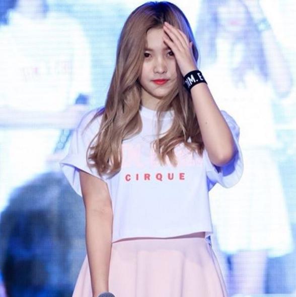 Không chỉ dễ thương mà Yeri còn được biết đến như một cô gái đầy tài năng vì có thể hát, nhảy và rap rất tốt.
